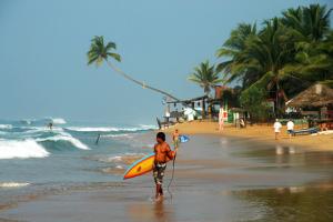hikaduwa beach